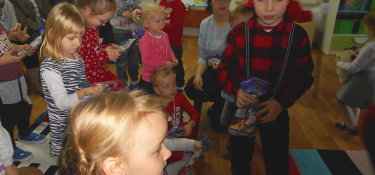 Mikołajki w Ciechocinku. Pasowanie na przedszkolaka